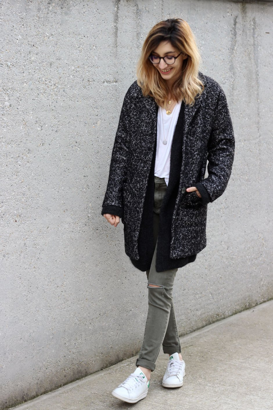 outfit-grey-coat-breal