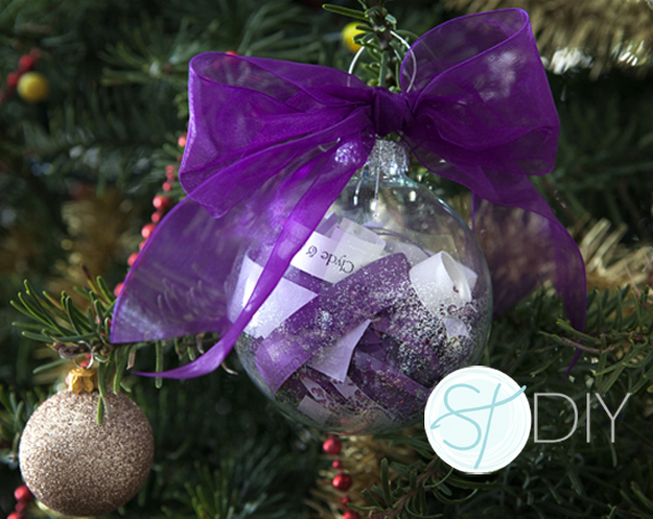 SomethingTurquoise.com DIY make your wedding invitation into a christmas ornament