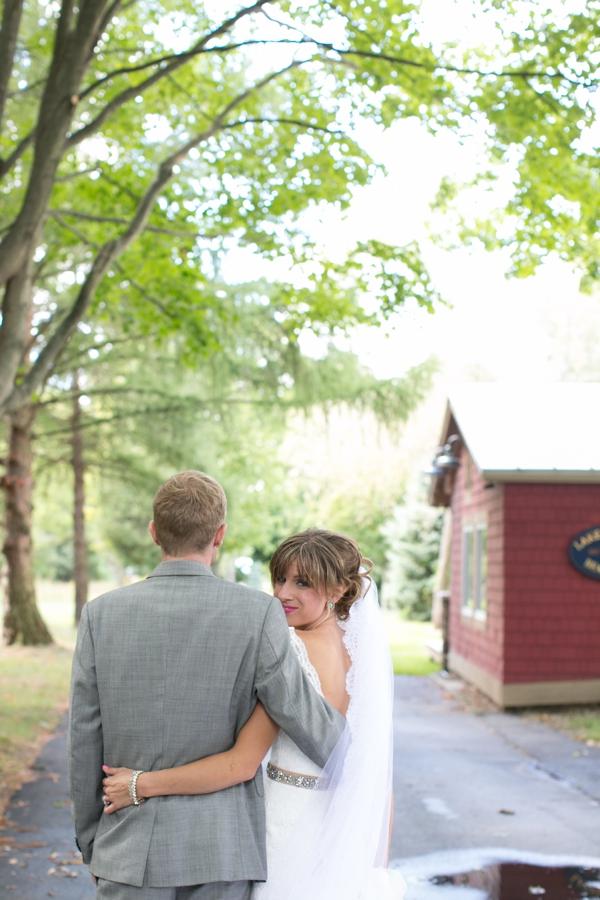 ST_Lizzie_Photo_colorful_diy_wedding_0021.jpg