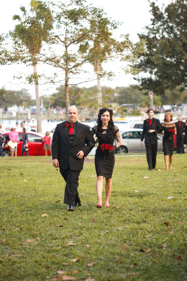 ST_Carrie_Wildes_Photography_halloween_wedding_0017.jpg