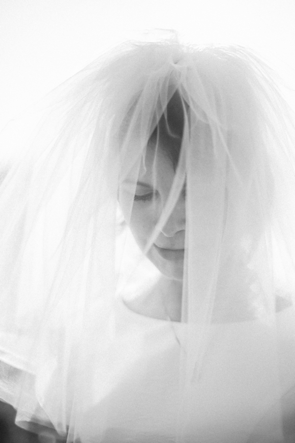 SomethingTurquoise_DIY_Wedding_Star_Noir_Studio_0016.jpg