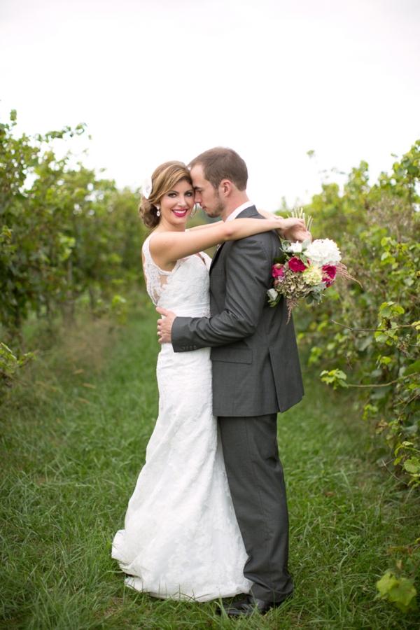 SomethingTurquoise_DIY_winery_wedding_Gayle_Driver_Photography_0001.jpg