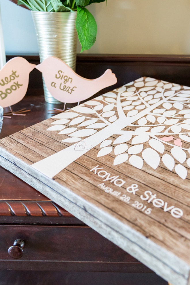 We love this adorable leaf guest book!