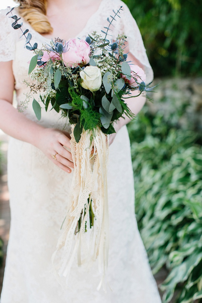 We love this gorgeous bride and her gorgeous boho bouquet!