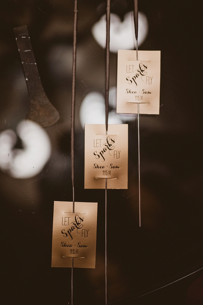 In LOVE with these darling sparkler tags for the new Mr. and Mrs. exit!