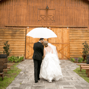 We love this darling barn wedding!