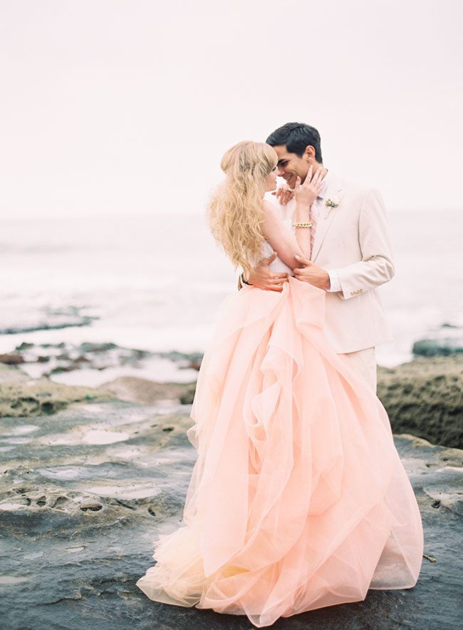 How AMAZING is this blush pink wedding dress?! We're in LOVE!