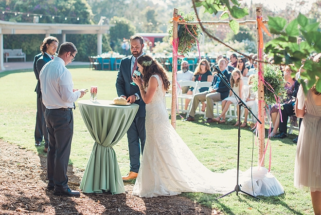 Swooning over this gorgeous and happy couple's outdoor ceremony!