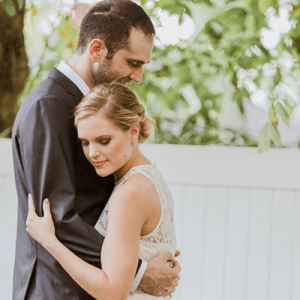 Crushing on this super sweet romantic wedding + couple!