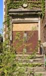 Horace-Mann-shop-entrance