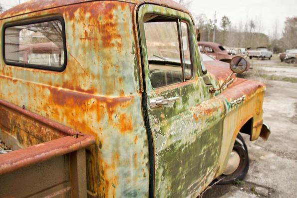 Old-Car-City-85