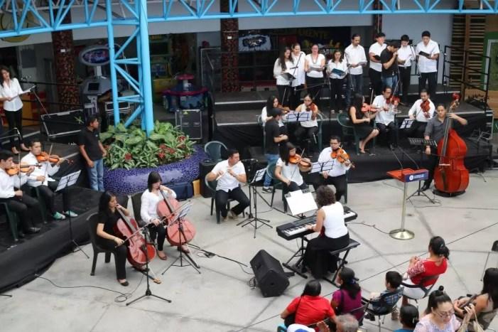 2017'II'21. San Salvador. Concierto en el Mercado Cuscatlán - concierto - 8