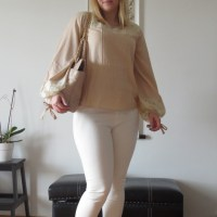 Romantic blouse for a pretty spring day