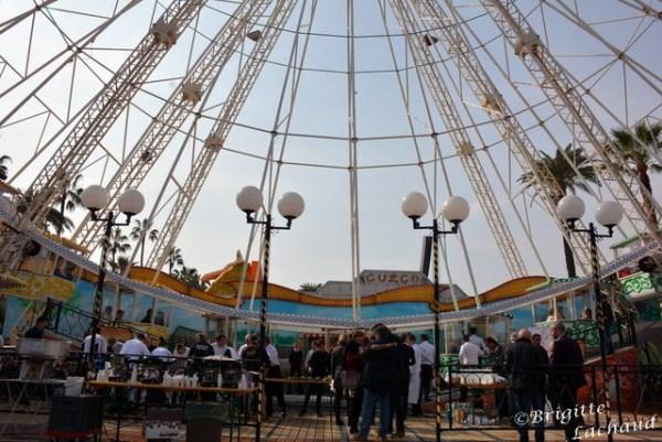 CARNAVAL DE NICE - VIRA LA RODA - UN TOUR SUR LA GRANDE ROUE POUR LES GOURMANDS