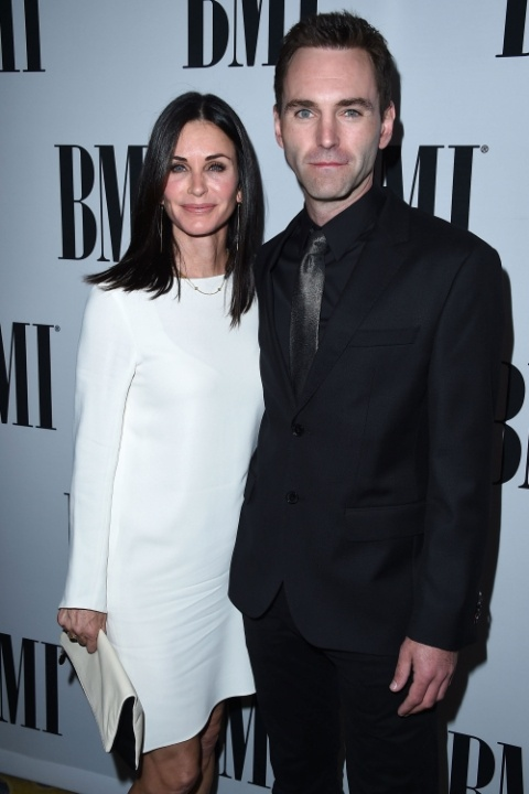 1482982249-courteney-cox-and-johnny-mcdaid