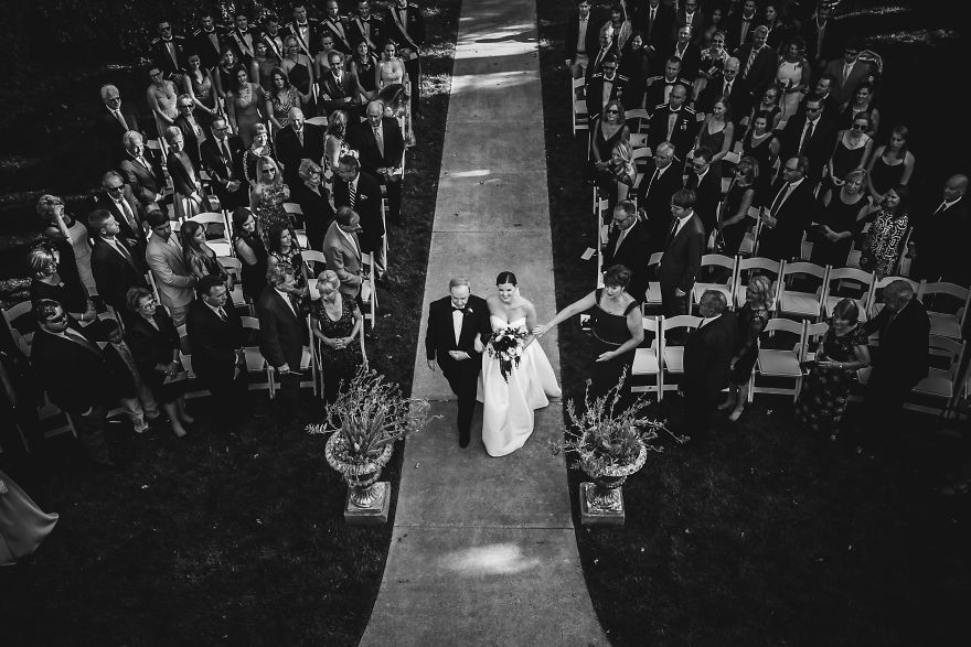 top-50-wedding-photos-of-2016-586bd3a973d39__880