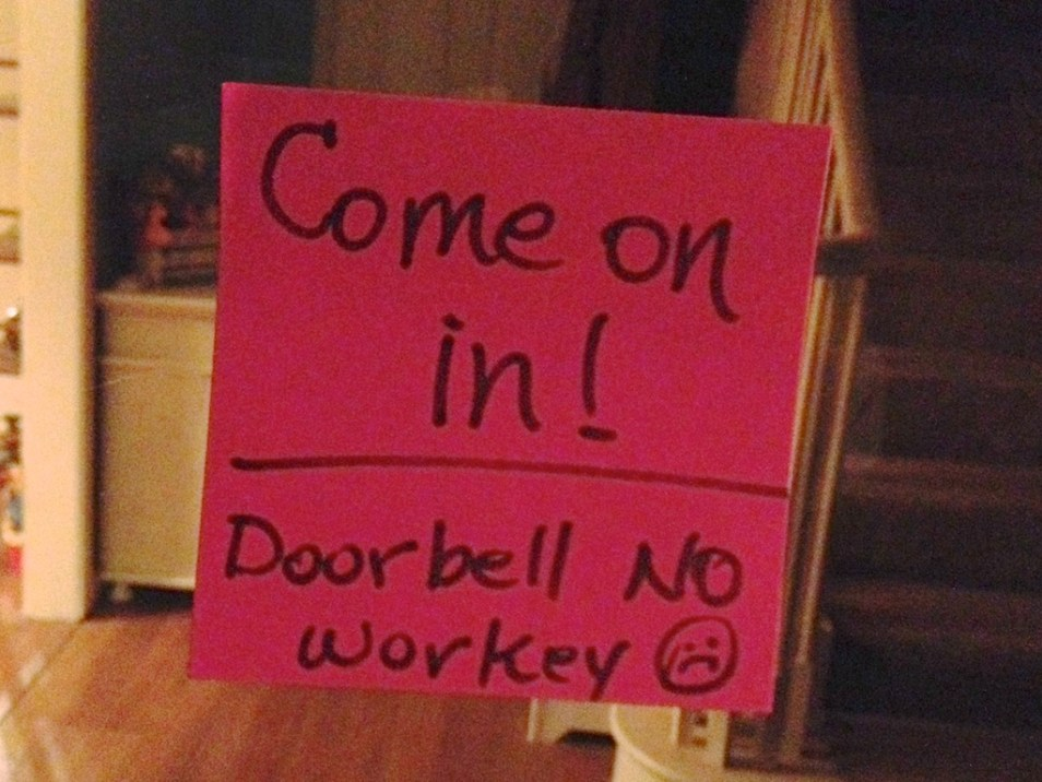 We had tons of fun, despite the non-working doorbell :)