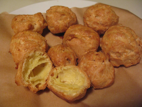 Gougères: Little Pockets of Cheesy Goodness
