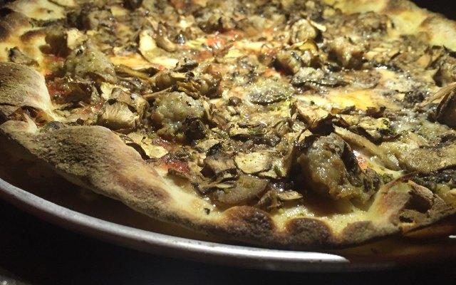 Pizza at Marta