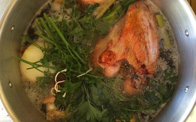 Making Turkey Stock