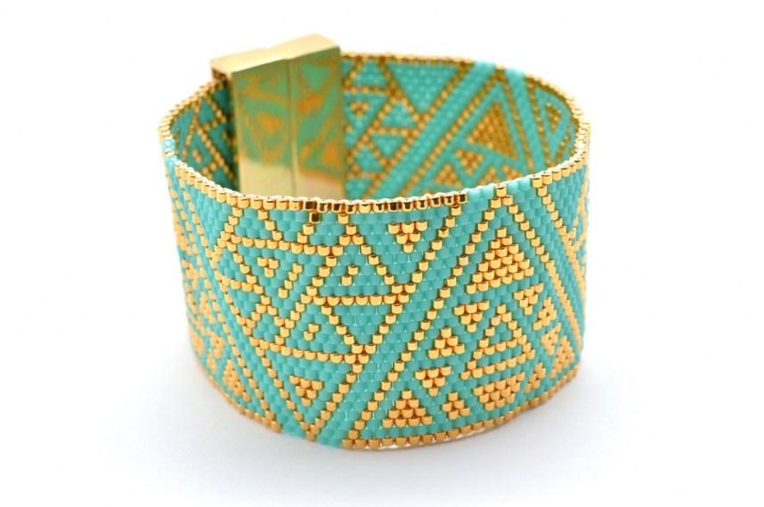 bracelet-manchette-handmade-turquoise-dore-bleu-triangles-rond