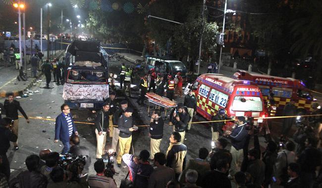 Militants put half-hearted Pakistani counter-terrorism at crossroads
