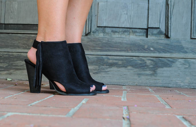 Black suede ankle booties are perfect for fall!