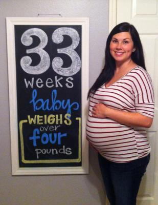 Baby Langston 33 weeks Pregnancy Chalkboard - Southern Made Blog