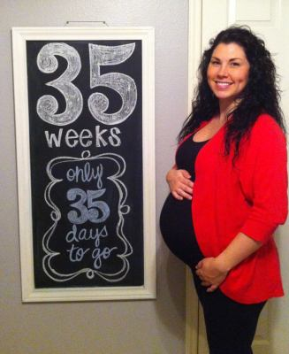 Baby Langston 35 weeks Pregnancy Chalkboard - Southern Made Blog