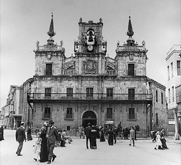 Foto de época del Ayuntamiento de Astorga