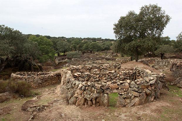 Construcciones en piedra seca en las Corralás de Torrequemada (Cáceres)