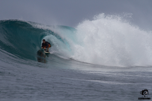 surfing-mentawais-bank-vaults