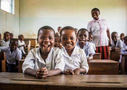 Student-members of the Health Brigade at the UNICEF-supported Dikolelayi Primary School in Kananga, Kasai-Occidental province, Democratic Republic of Congo (DRC).