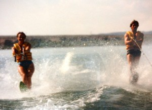 Pat & Julie waterskiing Colorado River