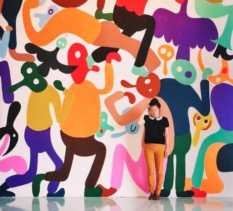 Τα έργα τέχνης στους τοίχους των γραφείων είναι ιδιαίτερα και έχουν πολύ χρώμα!