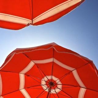 Tahiti beach/ Brigitte Bardot glamour/St. Tropez style…
