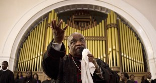 Reverend John Foster gives a sermon at the Big Bethel AME Church in the Sweet Auburn neighborhood of Atlanta on September 20, 2015. Photo courtesy of REUTERS/Brittany Greeson  *Editors: This photo may only be republished with RNS-CHURCH-SHOPPING, originally transmitted on August 23, 2016.