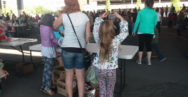 An impromptu ballet performance while helping the homeless with friends and family last May/Hyphen Parent photo
