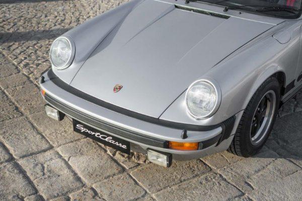 Porsche 911 Carrera 3.0-19