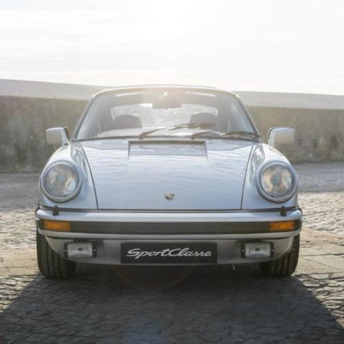 Porsche 911 Carrera 3.0-26