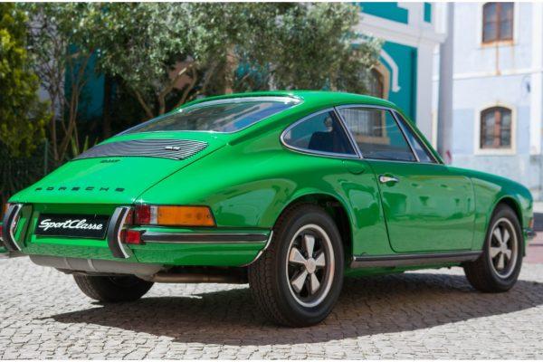 Porsche 911 2.4T_10