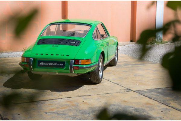 Porsche 911 2.4T_14