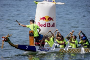 20150617-dragonboat-redbull