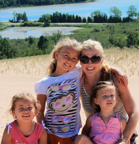 Fitness and natural health blogger, Susie Rahaim, and her three girls