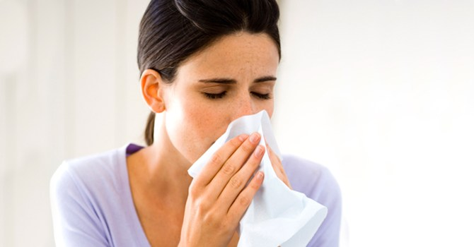 cold-flu-pneumonia-respiratory-syncytial-virus-bronchitis-sick-difference-prevent-treat-diagnose-spry