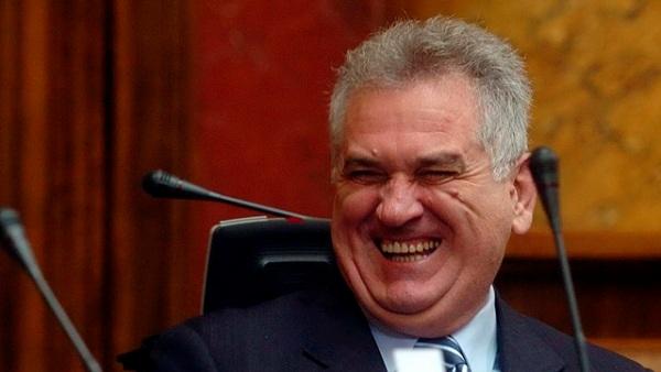Predsednik Srpske napredne stranke Tomislav Nikolic, smeje se tokom danasnje sednice Skupstine Srbije. (BETAPHOTO/VLADIMIR MILOVANOVIC/ZM)