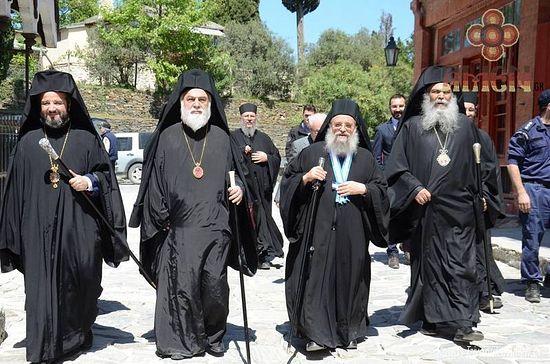 Delegacija iz Konstantinopolja u Esfigmenu