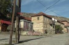 Улица од 200 метара – сав безбедни простор за Србе у Ораховцу