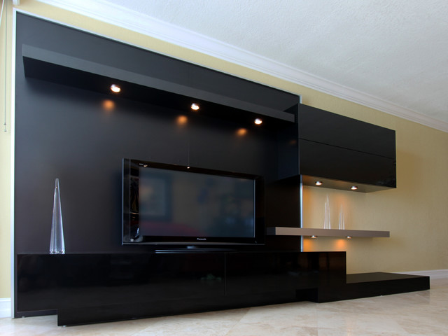 In this particular article i want to talk about modern home theater