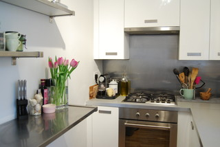 Light, bright and white in the centre of London transitional-kitchen